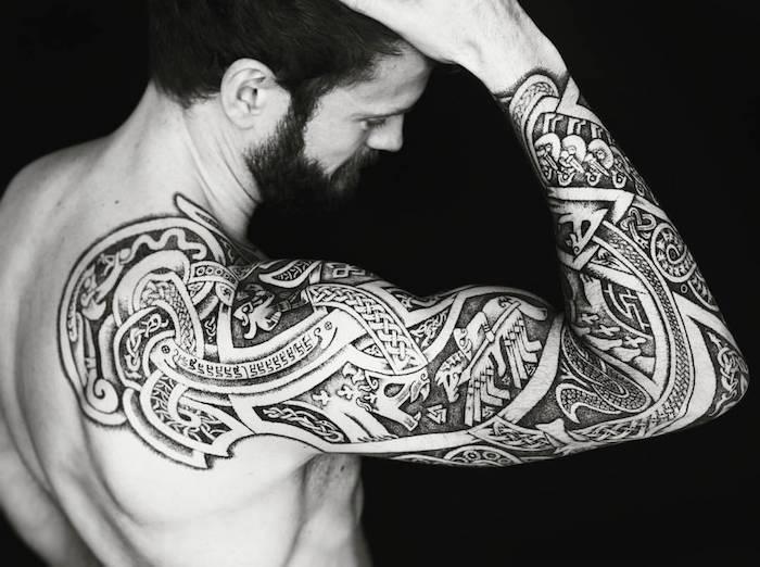 Tatouage pour jeune homme