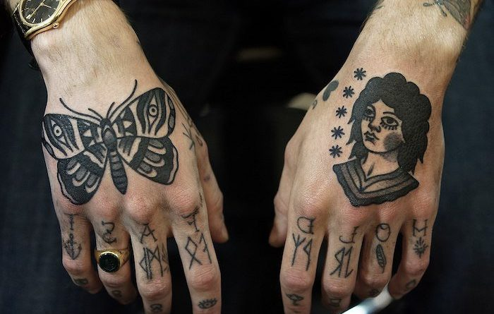 Idee Tatouage Main Homme Young Planneur